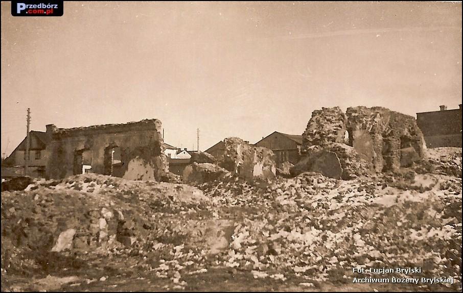 Oglądasz obraz z artykułu: Przedbórz w gruzach