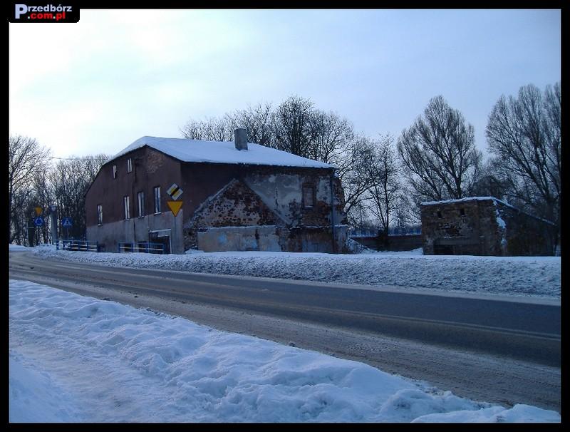 Ogl膮dasz obraz z artyku艂u: Zima 2006