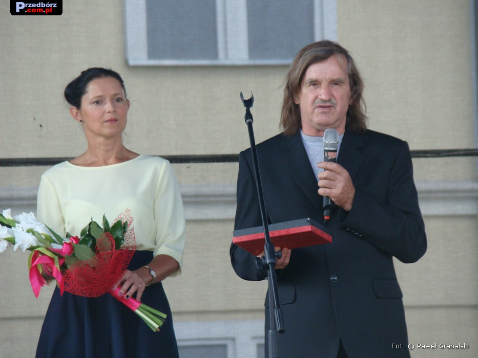 Ogl膮dasz obraz z artyku艂u: 艢wiatowy Festiwal Poezji w Przedborzu